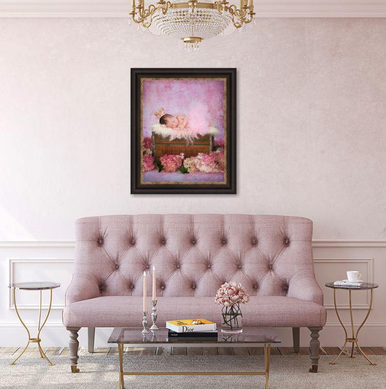 Mauve couch w 1 framed tutucrop.jpg