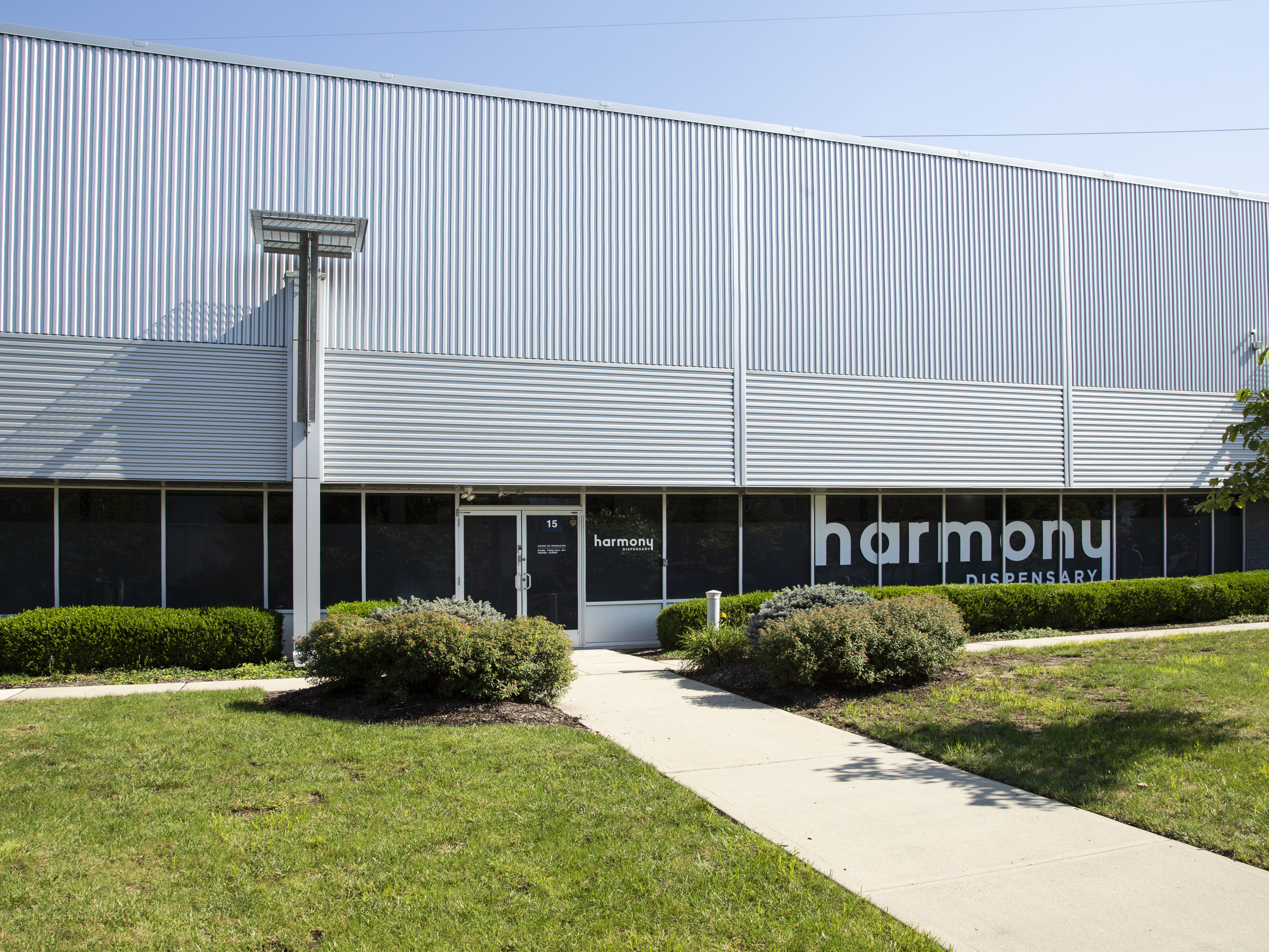 Harmony_Dispensary_Medical_Marijuana_Exterior9678.jpg