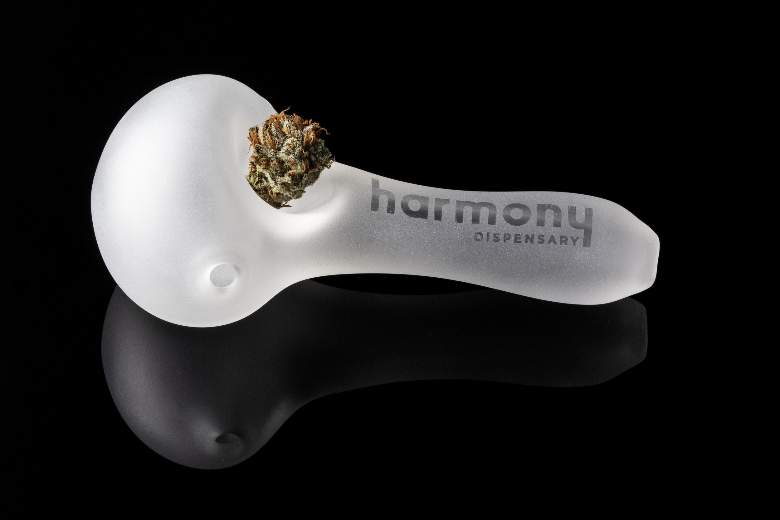2019_02_10_Pipes_Bowls_Merchandise_Cultivation_Flowering_Harmony_Dispensary_Cannabis_Marijuana_06.jpg