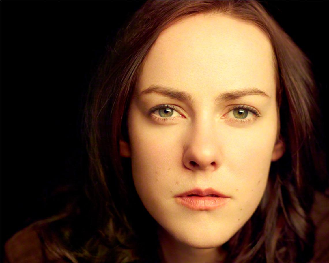 Screenshot-2018-3-21 Jena Malone Dakota (TV Series).jpg