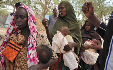 somalia women.jpg
