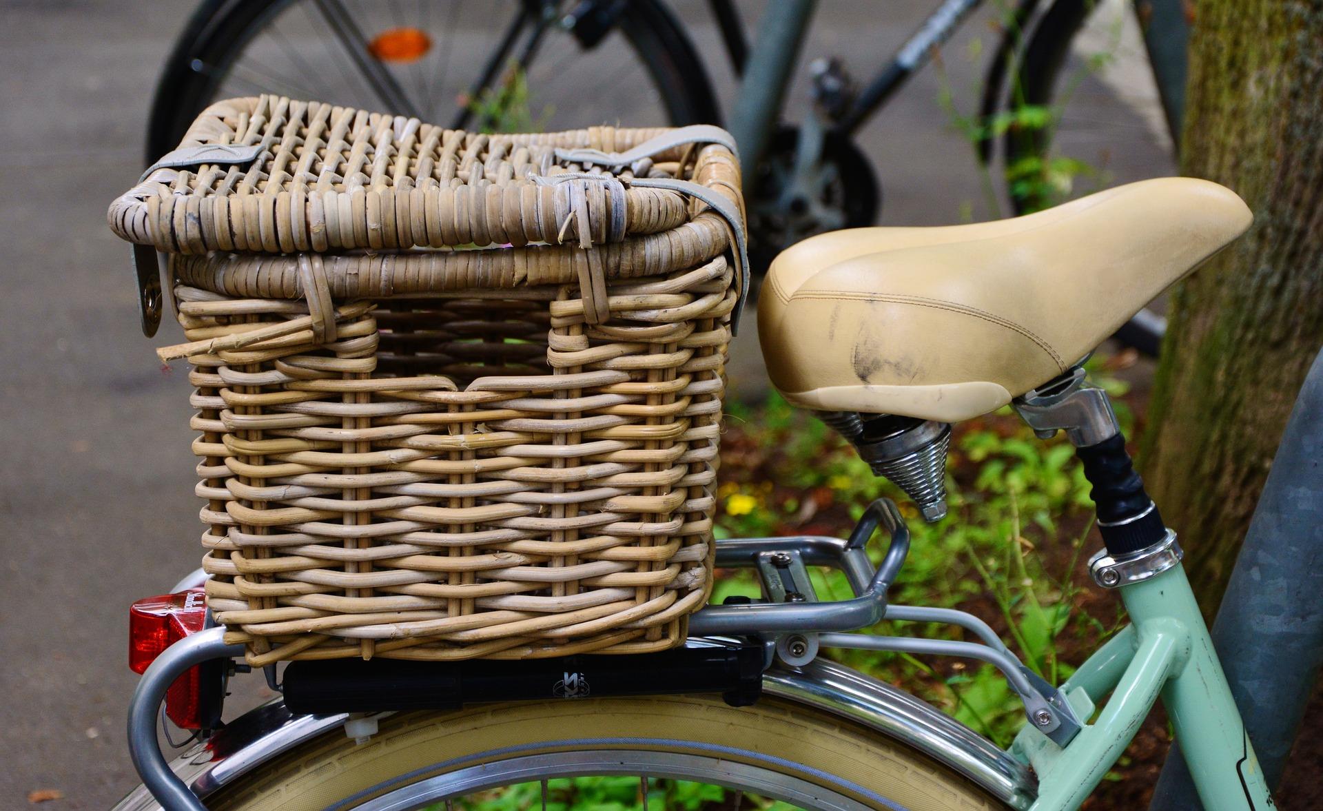 bike-2477954_1920.jpg