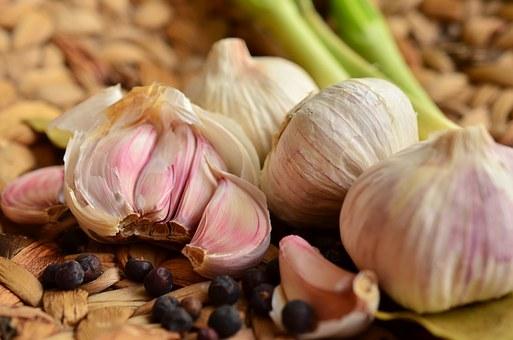 garlic-1336910__340.jpg