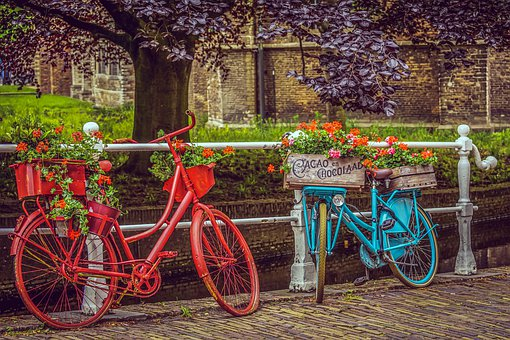 bicycles-4254752__340.jpg