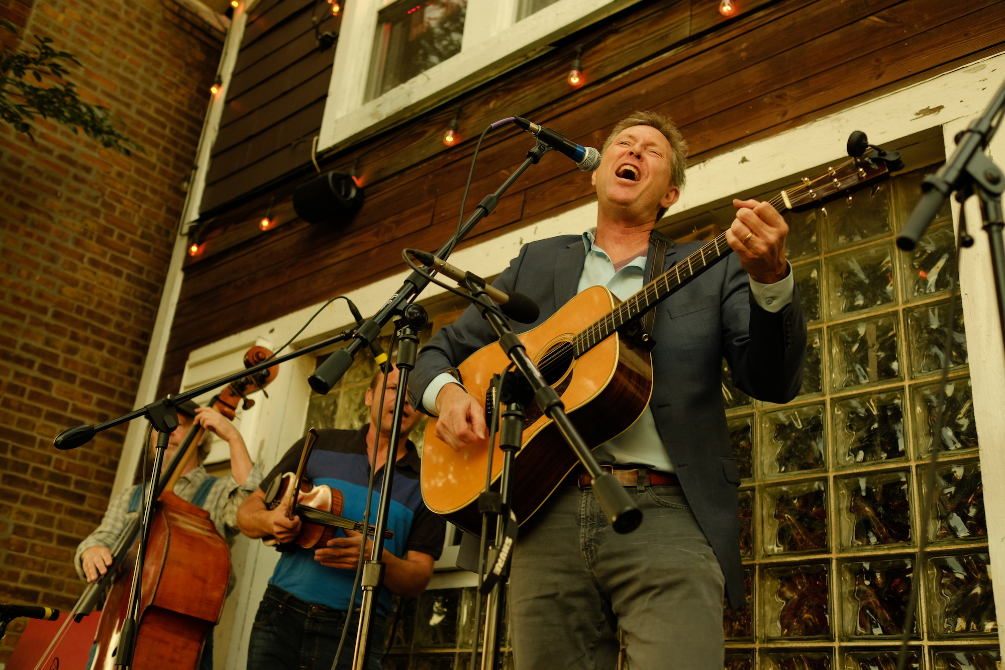 RobBie Fulks - Picnic on the Porch SeriesThe HideoutAugust 9th