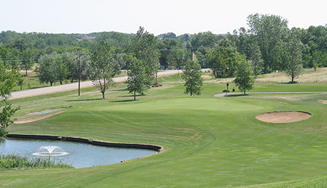 heritage 2 course with fountain.jpg