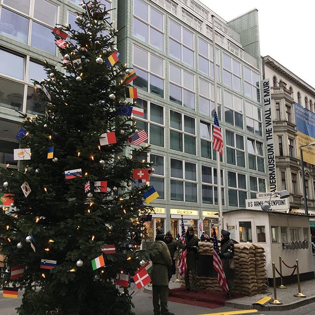 Checkpoint Charlie. It's always welcome to see the Stars and Stripes flying in a foreign country. #berlin #germany #murica