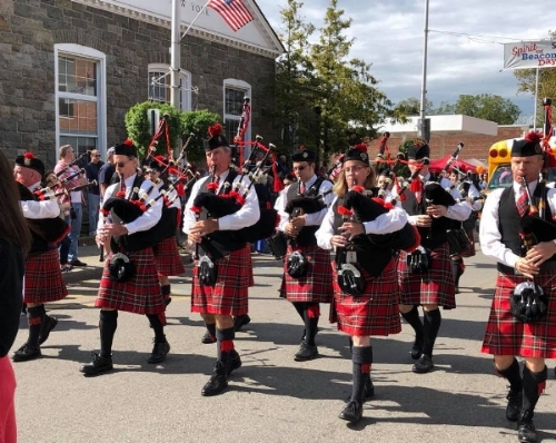 Hudson Highlands Pipe Band : photo Cindy Gould