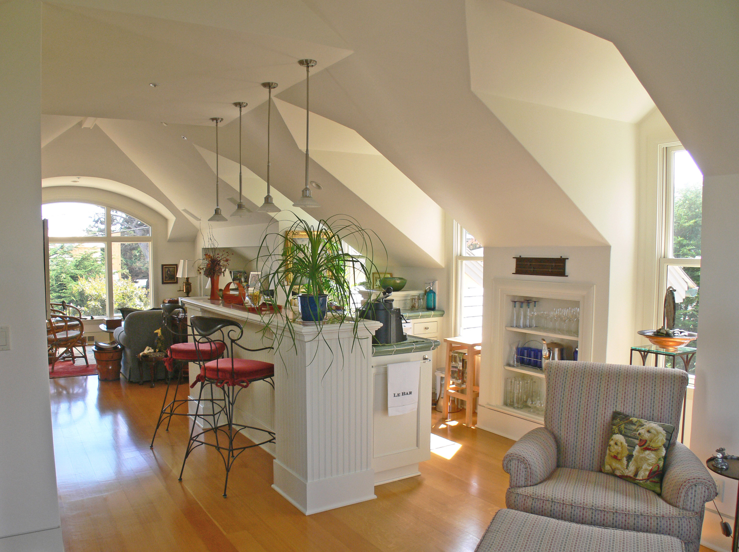upstairs family room2.JPG