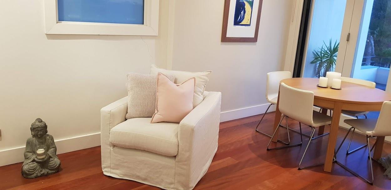 Baby Karen - Swivel Chair