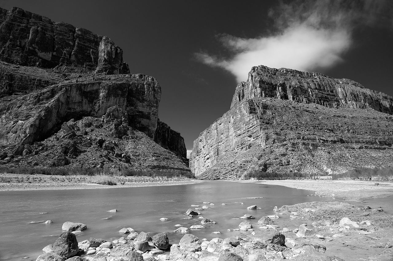 The Rio Grande River illustrates the power of Liquid Networks as it cuts its way through Santa Elena Canyon in Big Bend National Park. (photo by the author © 2011 Creative Commons License)