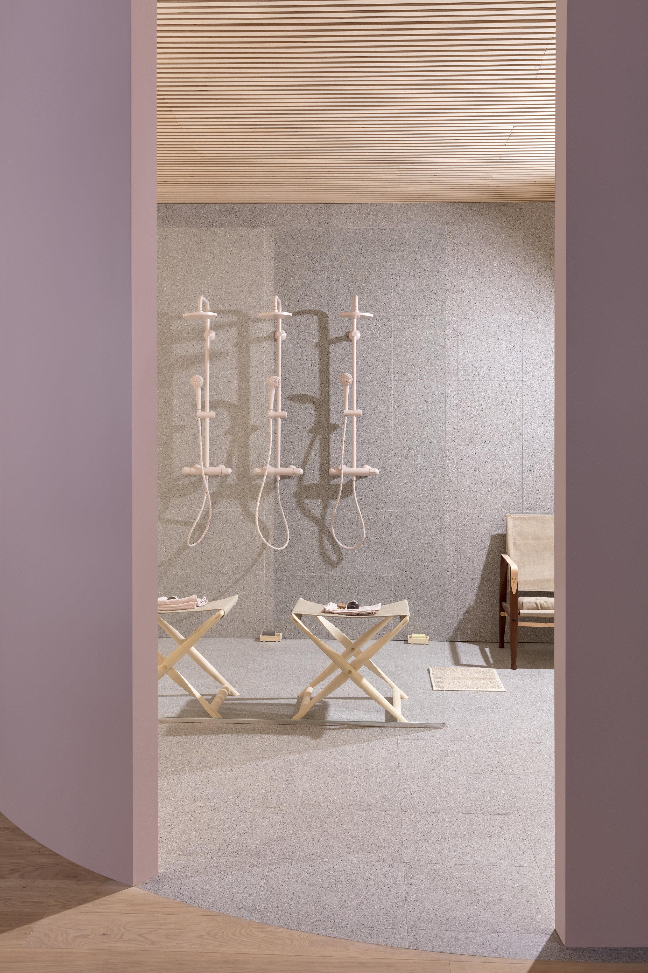 Footrest &stools -
