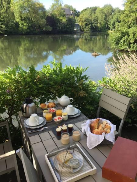 Petits déjeuners sur la terrasse