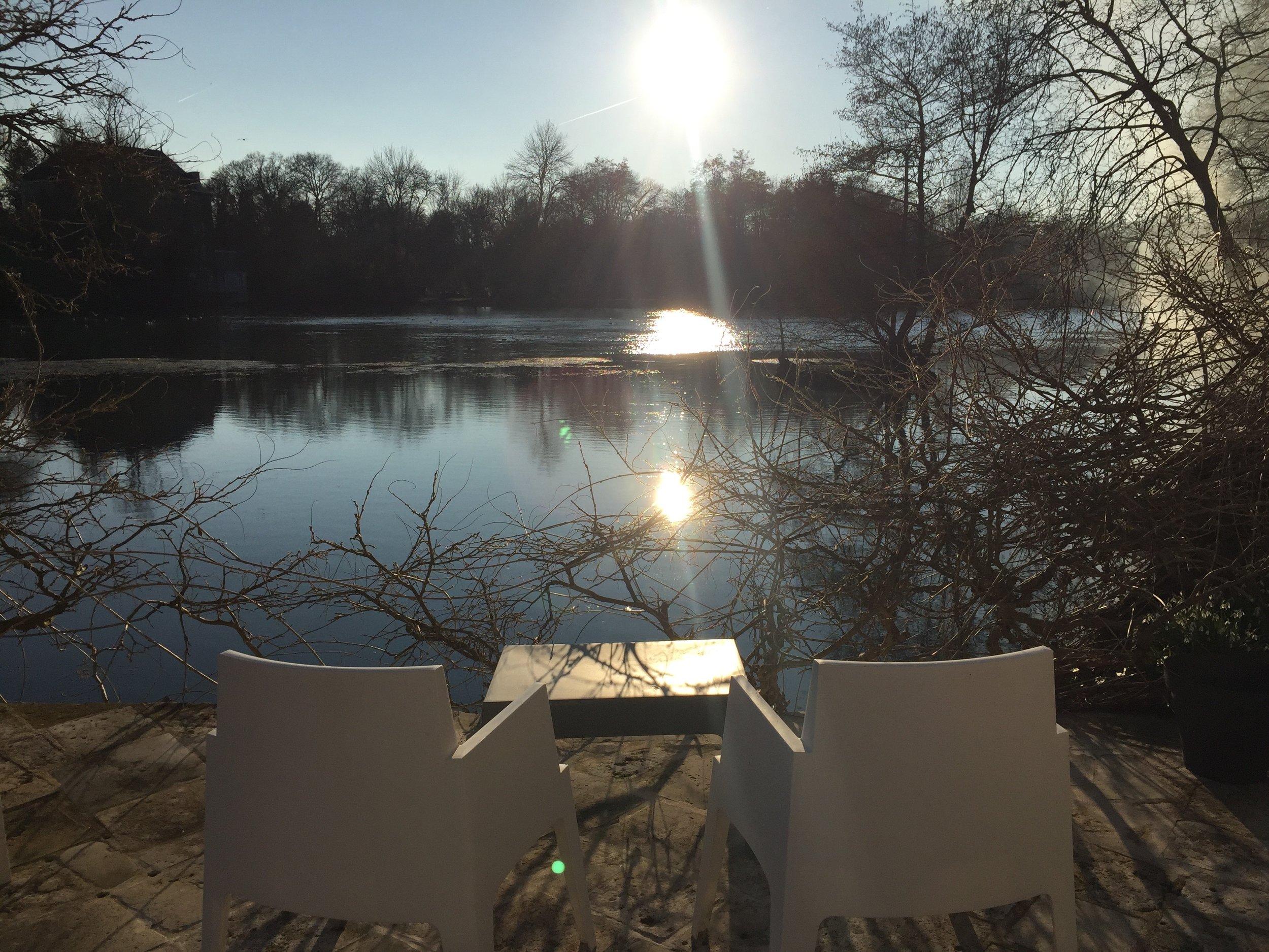 Venez faire une pause entre Terre et Rivière... -
