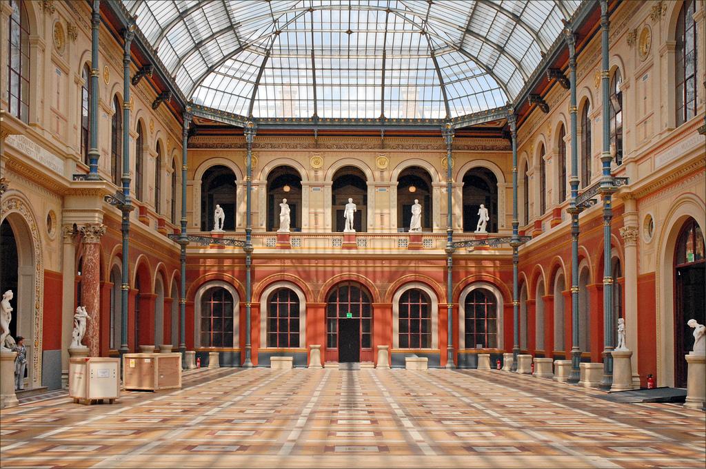 Cour des Beaux-Arts de Paris