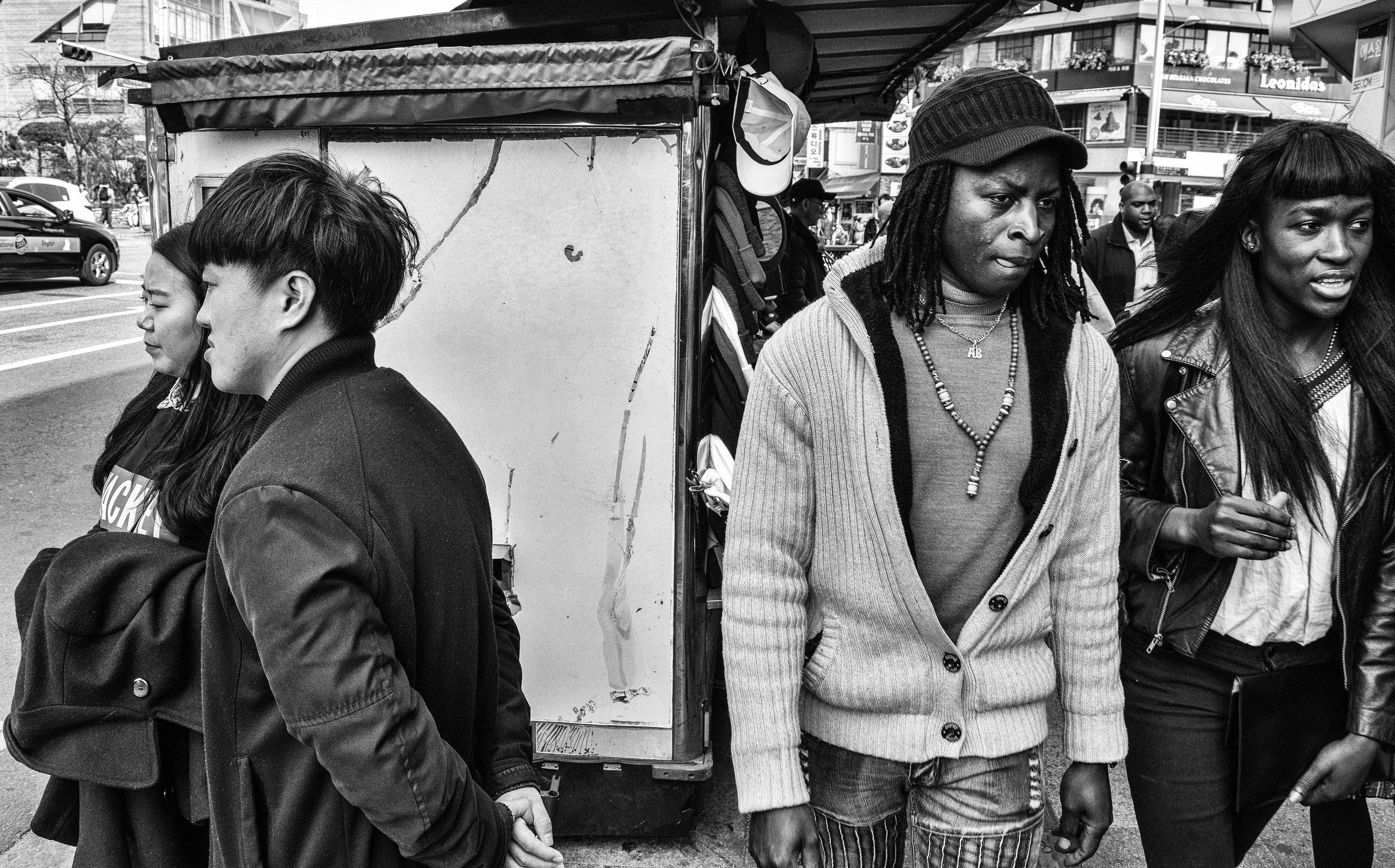 Itaewon - street people #75 - re-edit.JPG