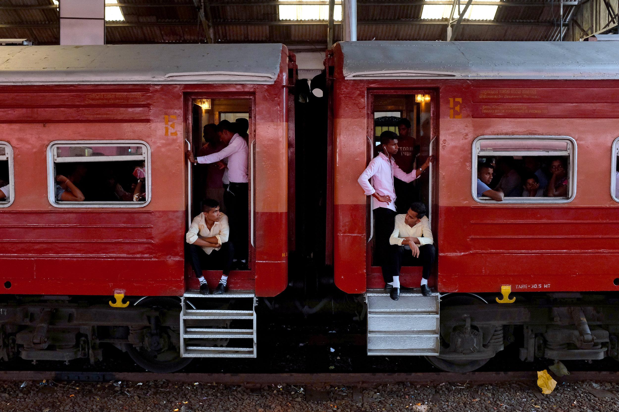 """34 - Jinn Jyh Leow """"Commute"""" Colombo, Sri Lanka, March 27th 2018"""