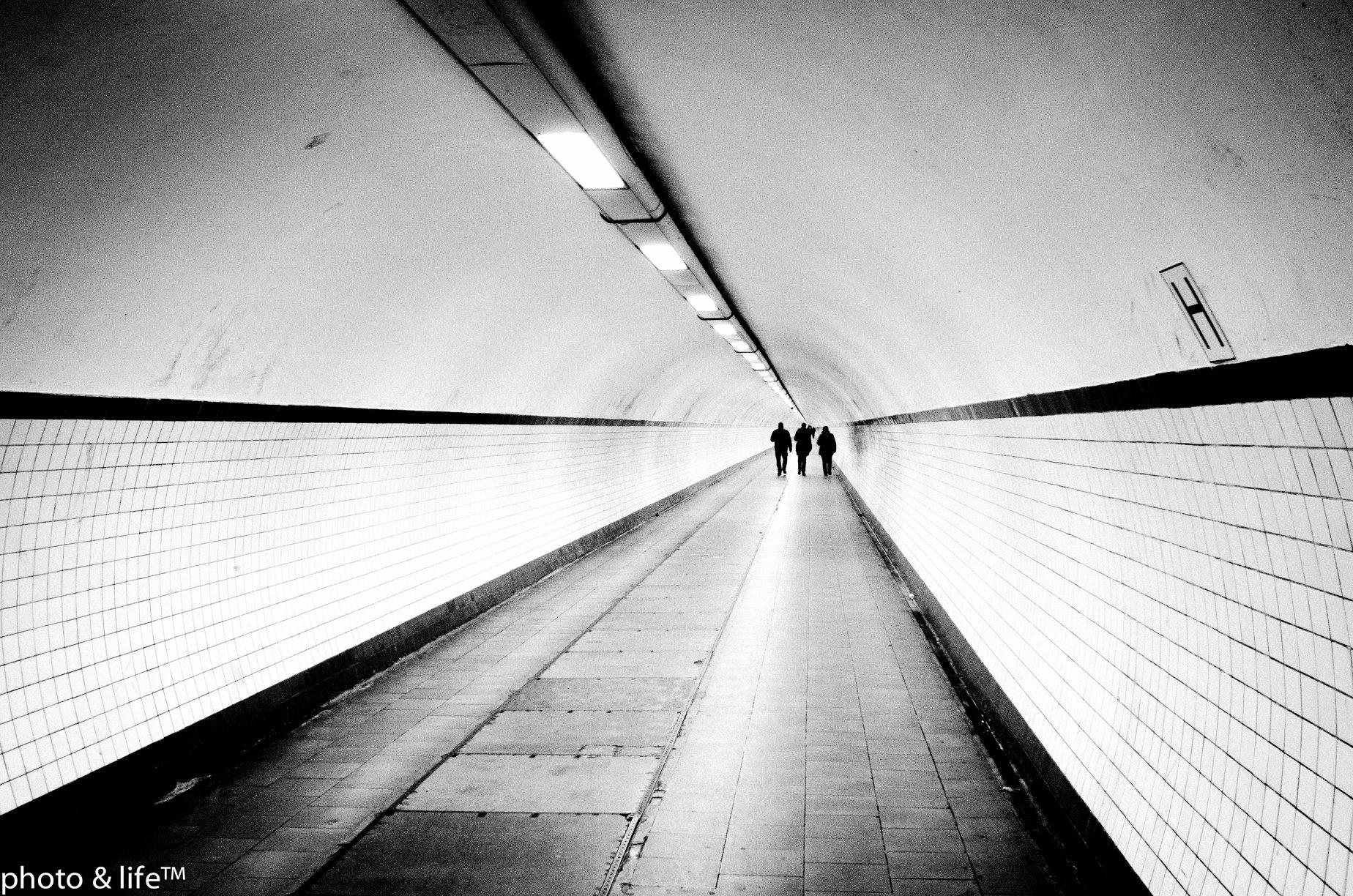 "Jean Lefranc - a street photographer ""sans artifices"""
