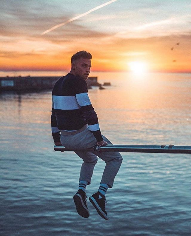 Back in the office and dreaming of beautiful sunsets ✨💭have a great week! (📸 image credit @carlcunard ) . . . . . . #sunset #sunsetbeach #influencerdigital #centrallondon #influencermarketingagency #influencermarketingtips #blogging #socialmedia #socialmediamarketing #socialmediainfluencer #influencer #london #influenceragency