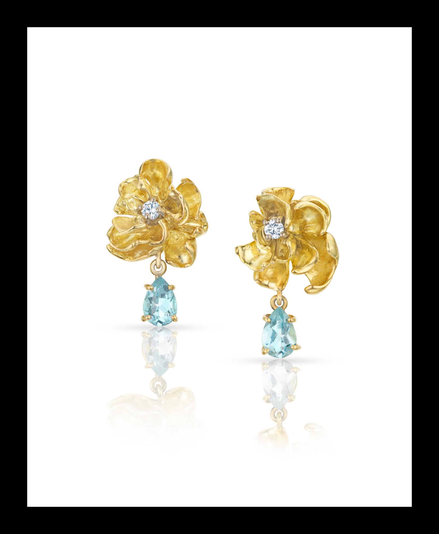 floral Earrings_r2.png