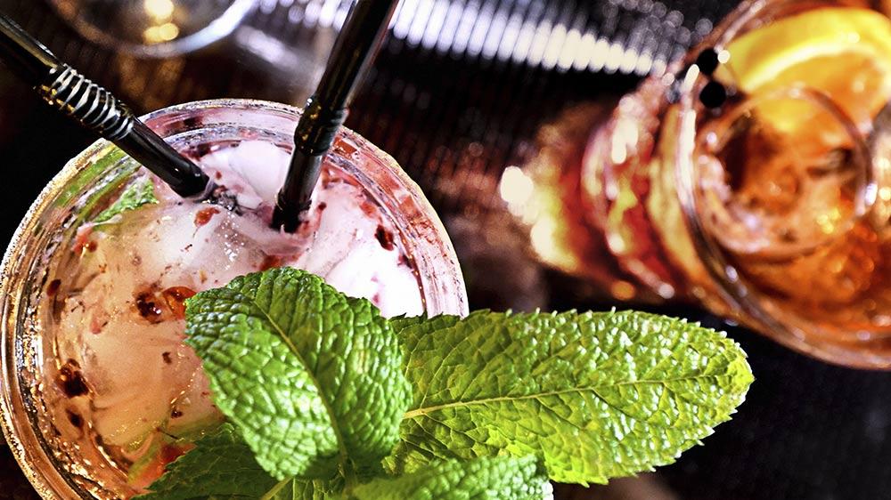 1-RUM-RUM-cocktails-vinos-thumb_01.jpg