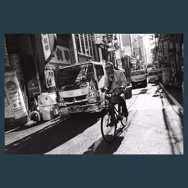 Osaka street. . . . #filmphotography #filmisnotdead #rolleirpx25 #contaxg1 #biogon28mm #osaka #japan