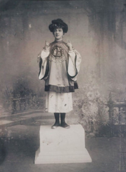 """Agrippina Vaganova in the Chinese dance from the 1903 """" The Fairy Doll"""""""