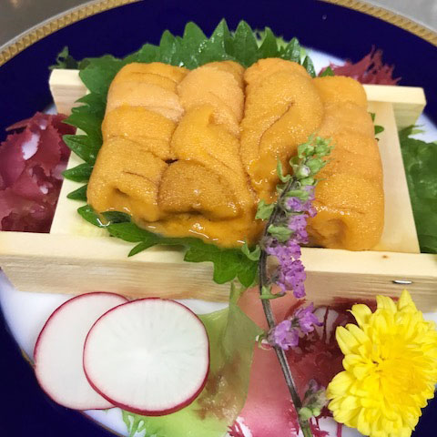 Hamanaka course - Hokkaido's seafood and crab live performance experience with sea urchin.Enjoy the flavour of Hokkaido in its entirety!
