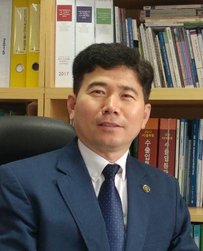 Mr.HA.KEA.JPG