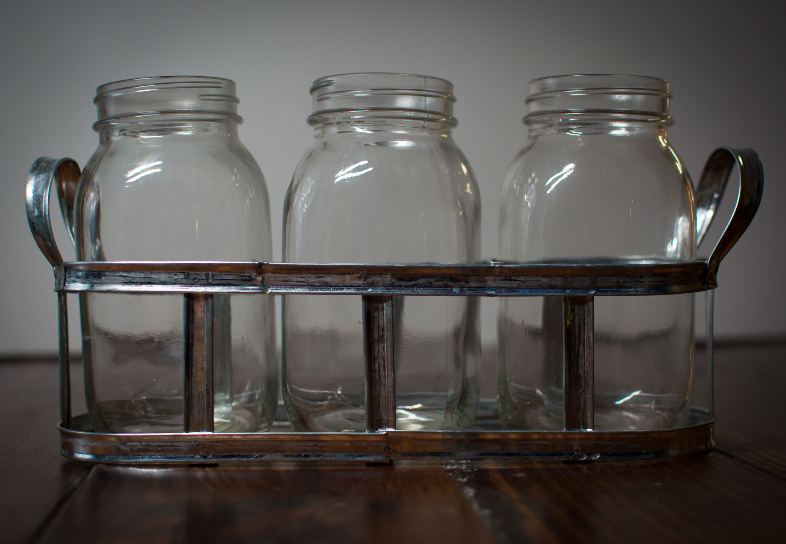 3 mason jar holder   Price: $5.00  Inquire about quantity and availability.