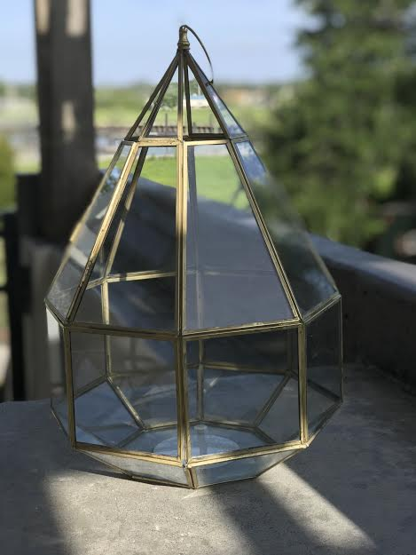 Gold Geometrical Birdcage   ** GREAT TO USE FOR A CARD BOX!!  Price: 10.00