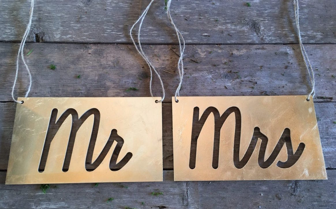 Mr & Mrs Chair Signs   Price: 7.00