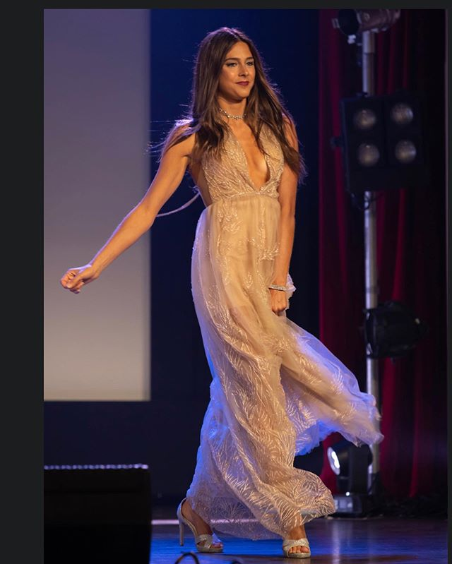 In action on the runway! Fashion show couture collection, @mariepdubuc wearing a gown so delicate, dreamy and feminine all in one.  @ericsanchezphotography @glamnglowbymimi