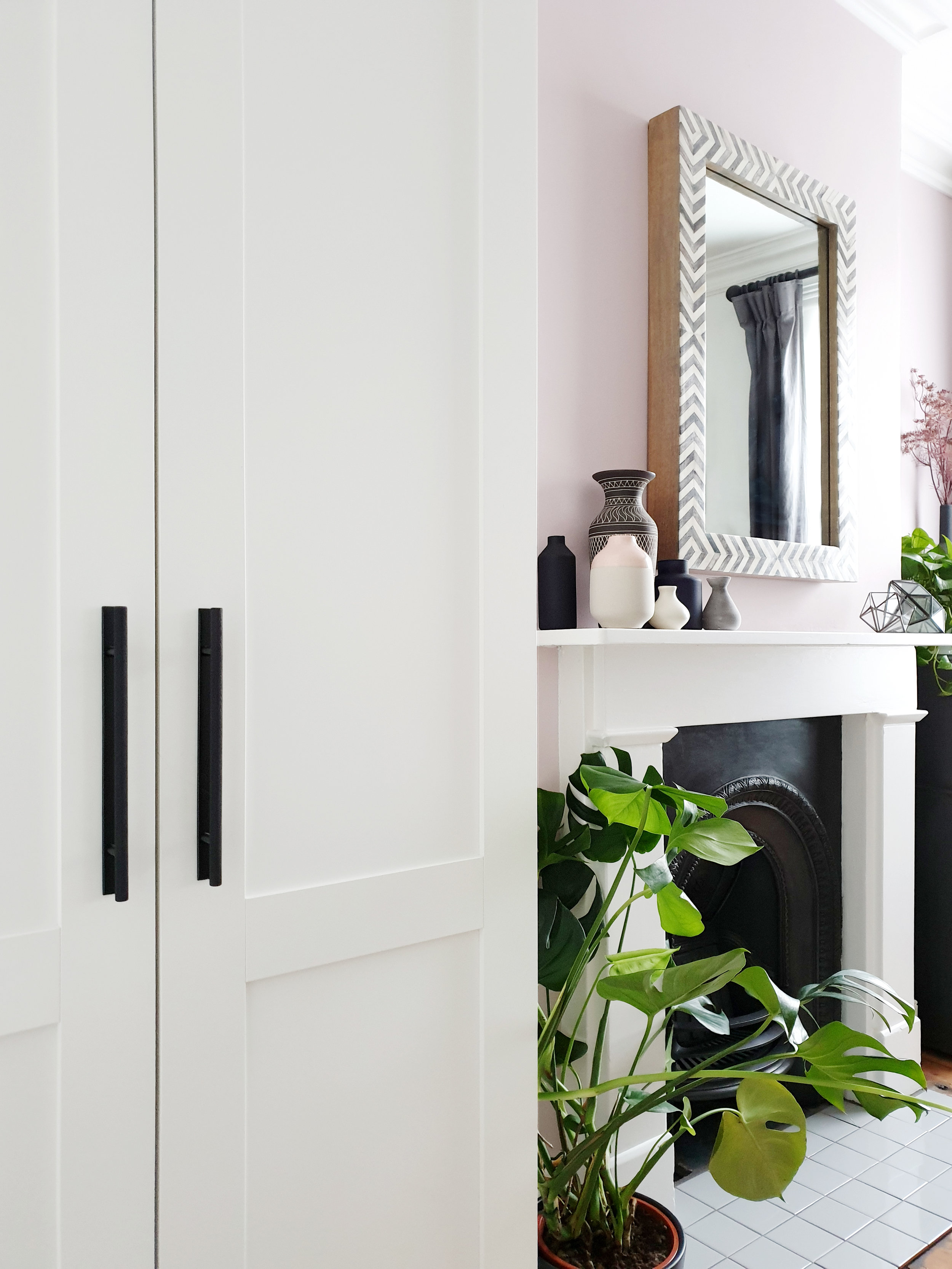 dowsing-reynolds-wardrobe-handles.jpg