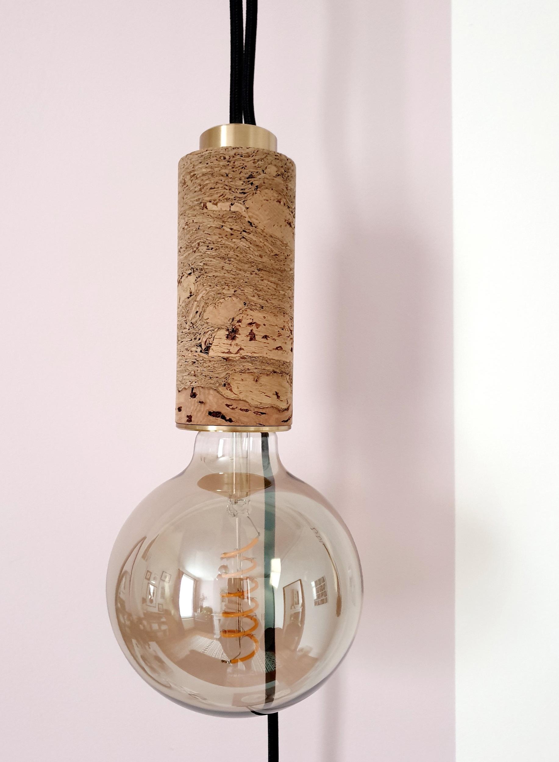 nove-cork-pendant-closeup.jpg