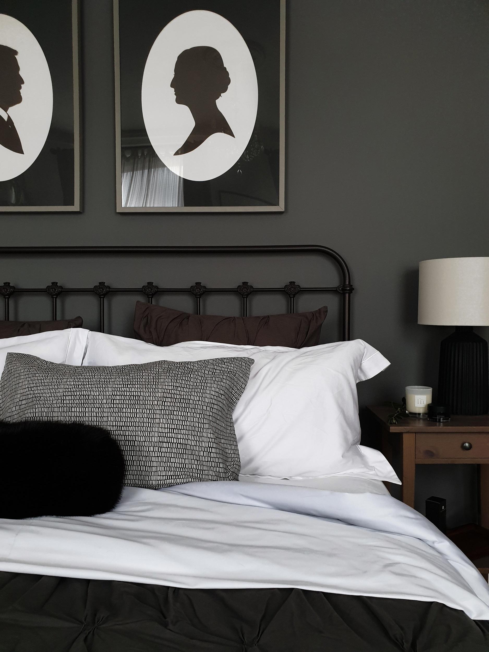 charcoal_bedroom_wall.jpg