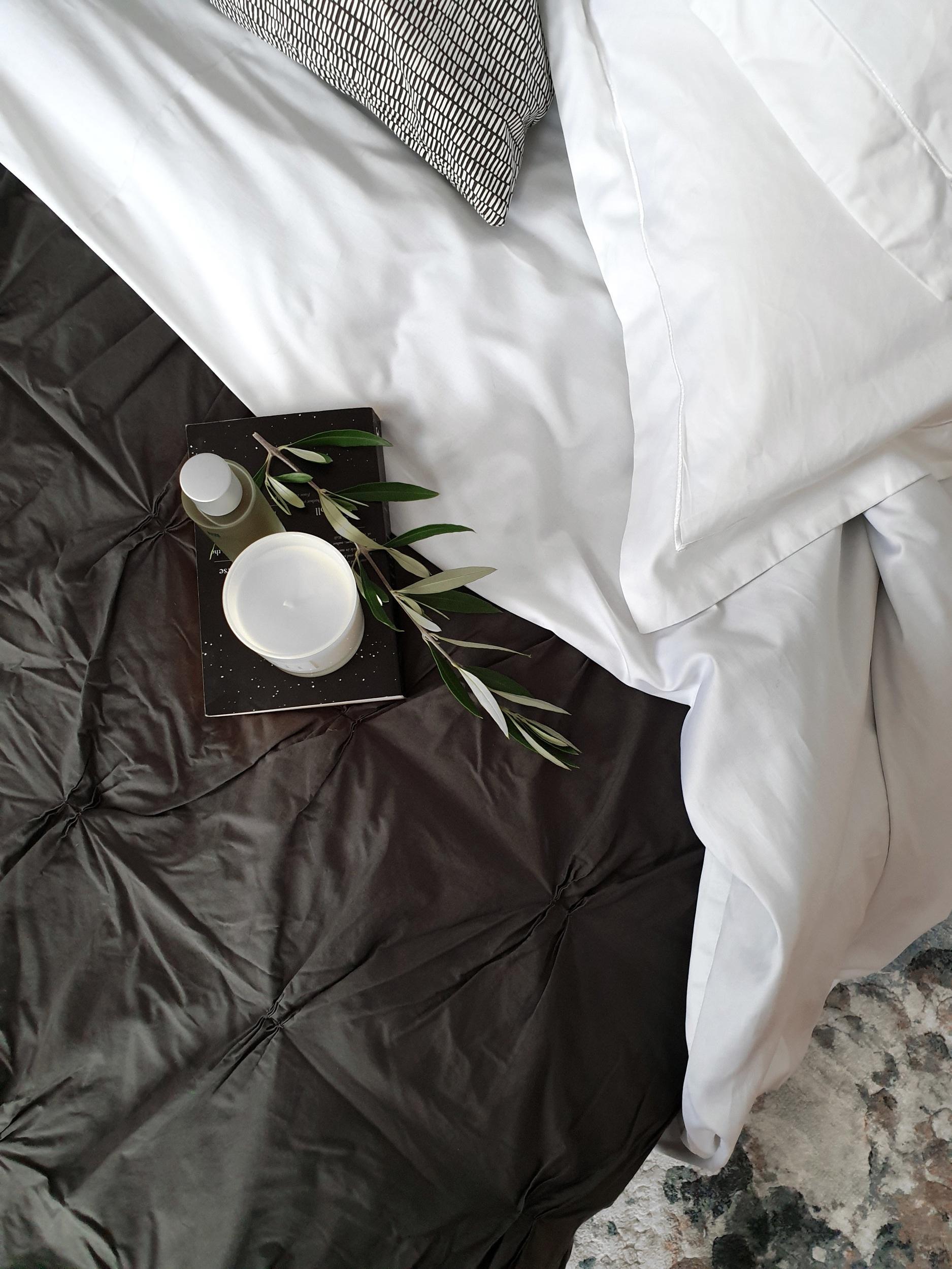 luxury_cotton_bedding.jpg