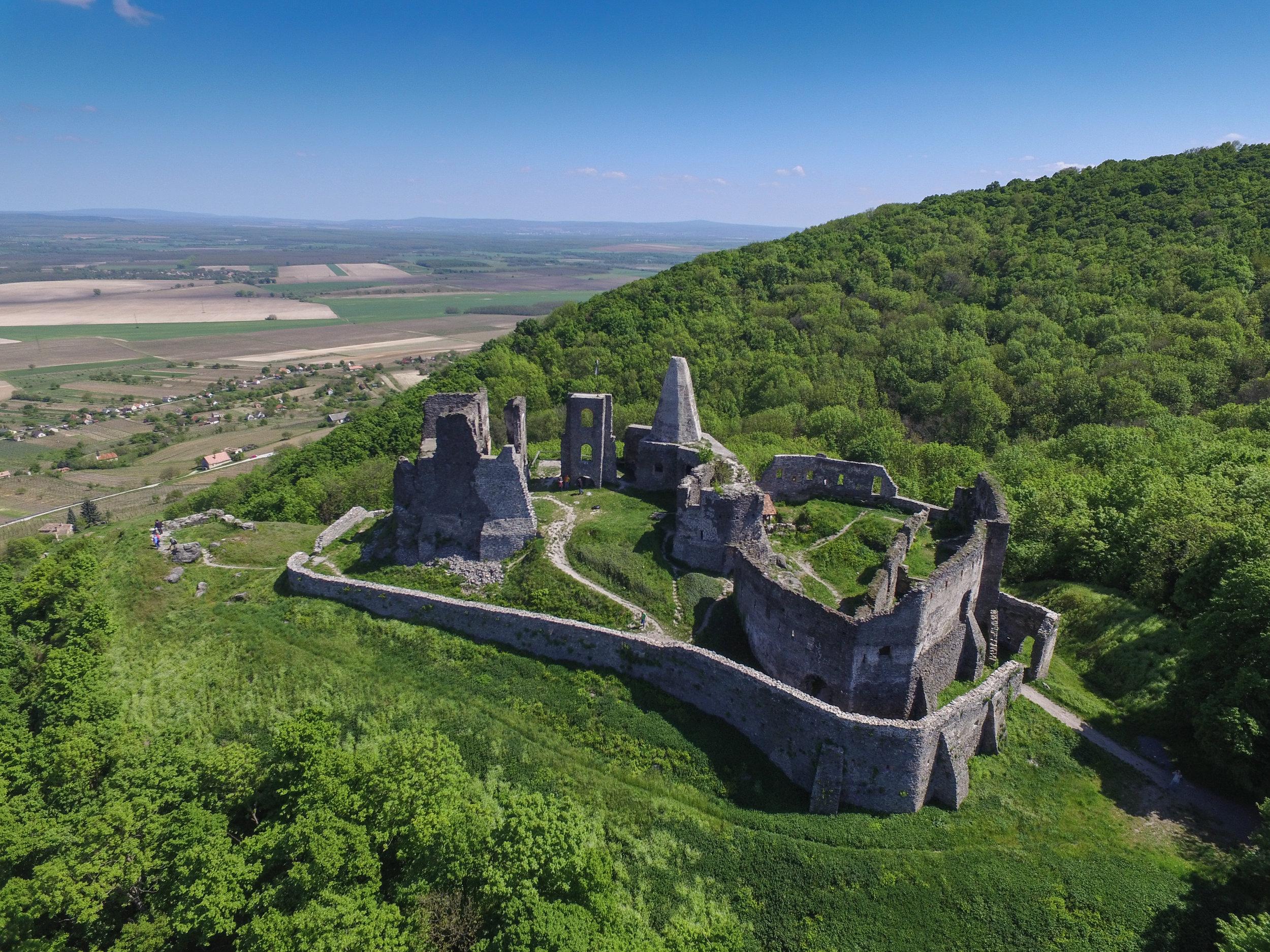 Burg_Somló.jpg