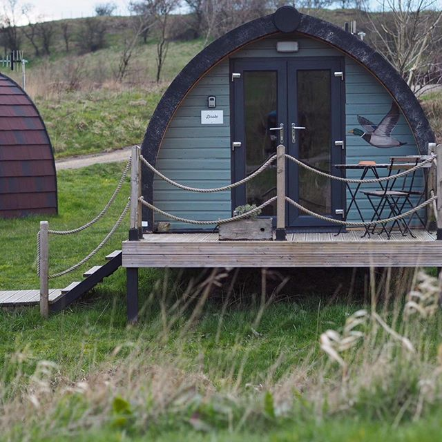 Why would you camp when you can glamp? Our gorgeous Drake glamping pod-sleeps 2 happy adults and children :) #glampingnotcamping #instabritain #glamping #familyholiday #ukholiday #RHC #Rossendaleholidaycottages #Rossendale #visitlancashire #visitbritain #escape #relax #escape #selfcatering #greatoutdoors #outdoorsy #nature #cosy