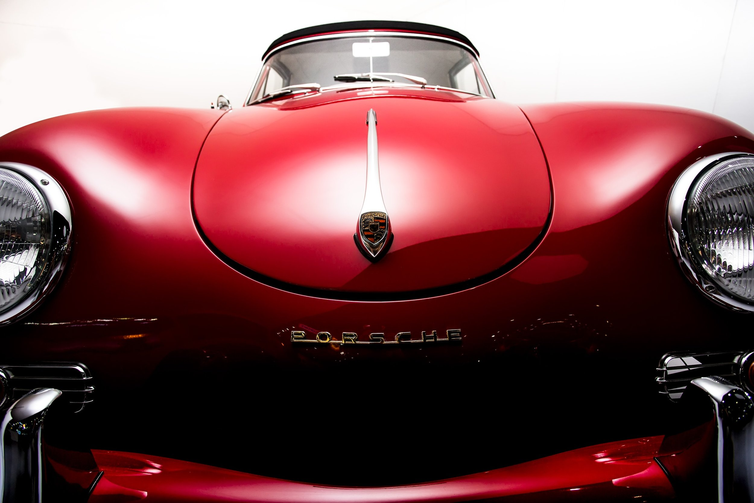 auto-automobile-brand-680982.jpg