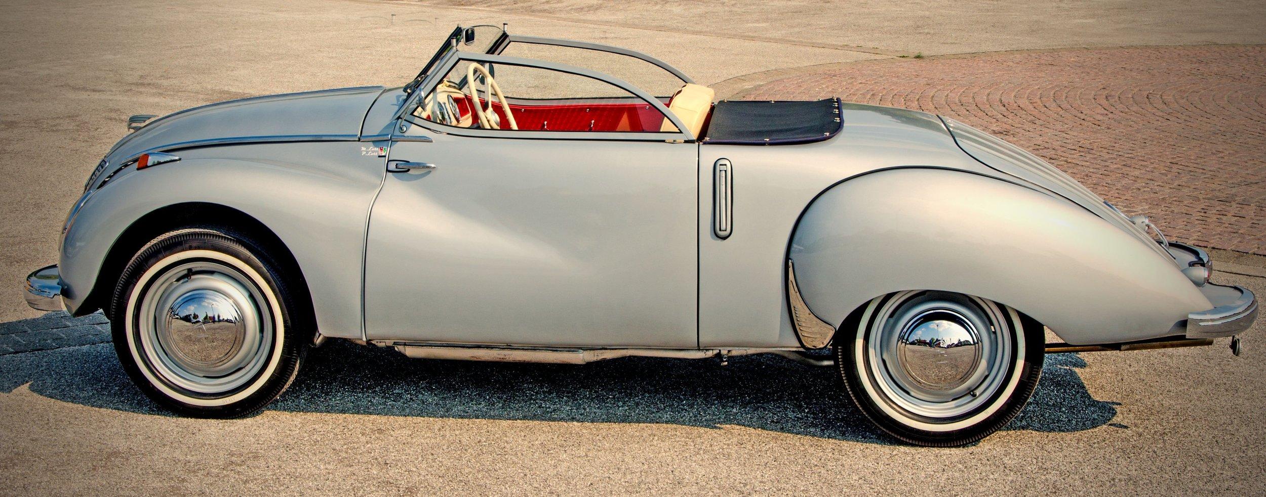 automotive-car-classic-185401.jpg