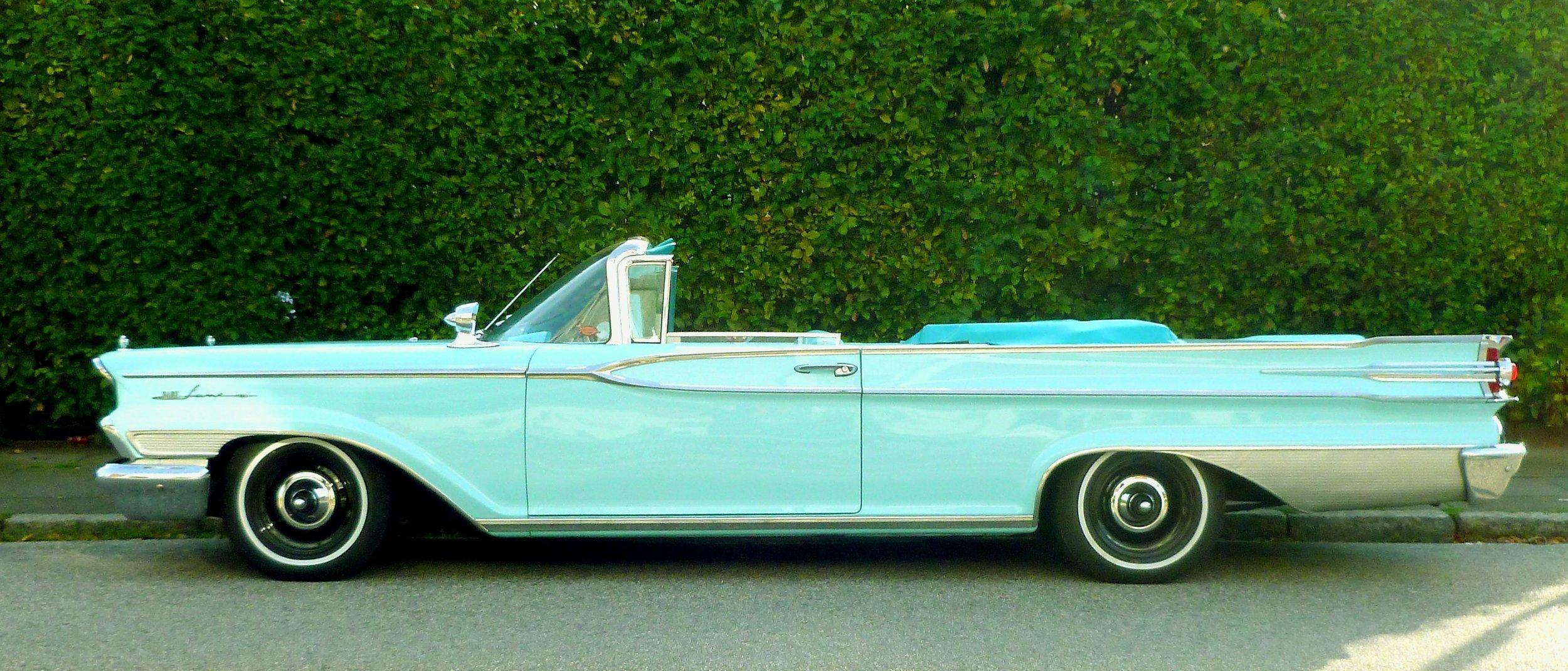 american-car-auto-automobile-210058.jpg