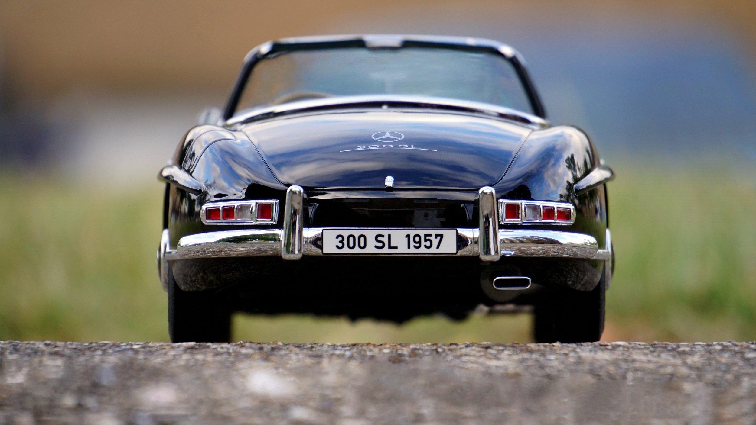 asphalt-automobile-automotive-132774.jpg