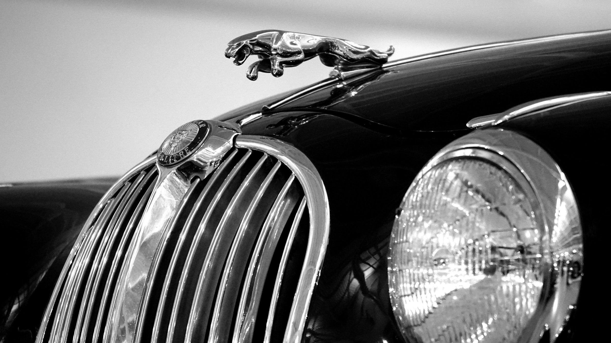 auto-automobile-automotive-192501.jpg