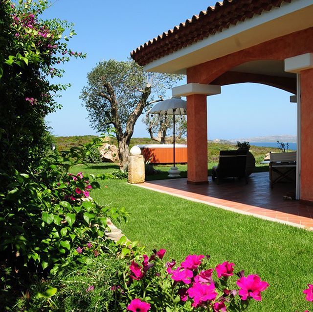 Want to make your holiday memorable? #VillaPenelope is the answer