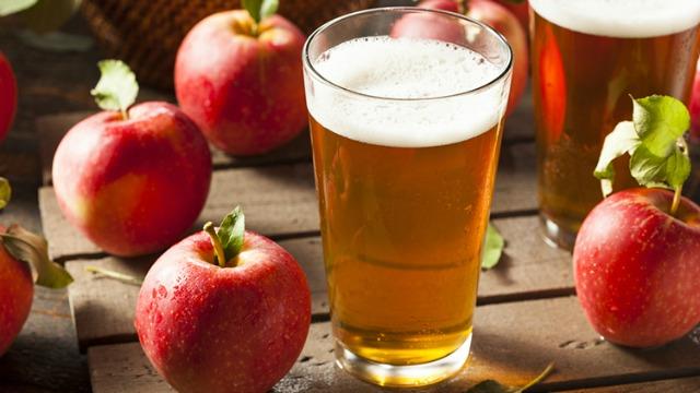 cider-week-nyc-2015-apples.jpg