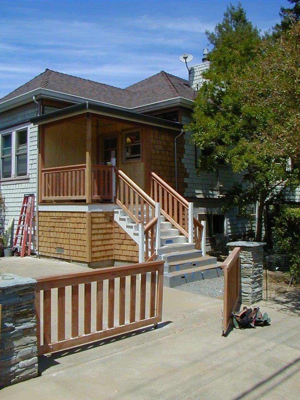 Corner Pocket Porch