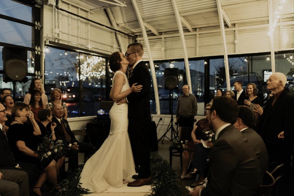 hayley_andrew_coopers_hall_wedding_portland_25.jpeg
