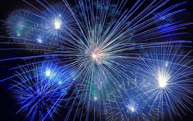 Follow Us on Twitter for Local July 3rd & July 4th Activities around Town https://twitter.com/RaleighKidsDir Read Feed & Select a Town  #Fireworks #Fireworkschedule #Raleighlocal #Raleighkids #4thofJulyRaleigh #Wakeforest #Apex #Raleighmoms #NorthRaleigh