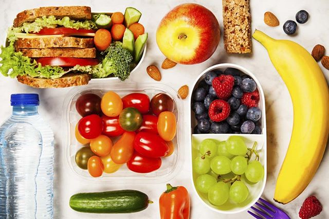 Don't Foget to Pack a Healthy Lunch #healthyeating #kids #Eat #NC #Raleigh #Raleighkids #kidshealth #Cary #Apex #Moms #Morrisville #HollySprings #chapelhill #Lunch #lunchbox #school #schoollunch #WakeForestNC #Rolesville #Youngsville #Garner #ClaytonNC #Pittsboro